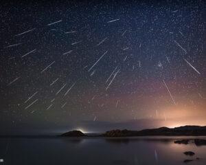 雙子座流星雨2020及土星合木星天文現象